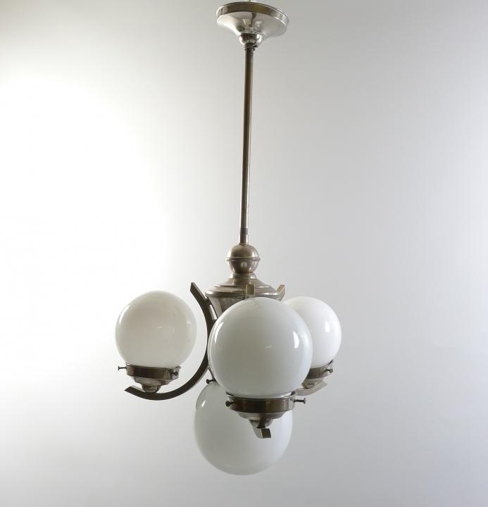 Art Deco Kugel-Deckenlampe / Kaffeehaus-Lampe, Chrom, Bauhaus-Stil