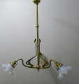 3-flammige Jugendstil Deckenlampe, wohl Dresden, um 1900, in Messing