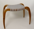 Foto 1: Design Hocker, in Eiche